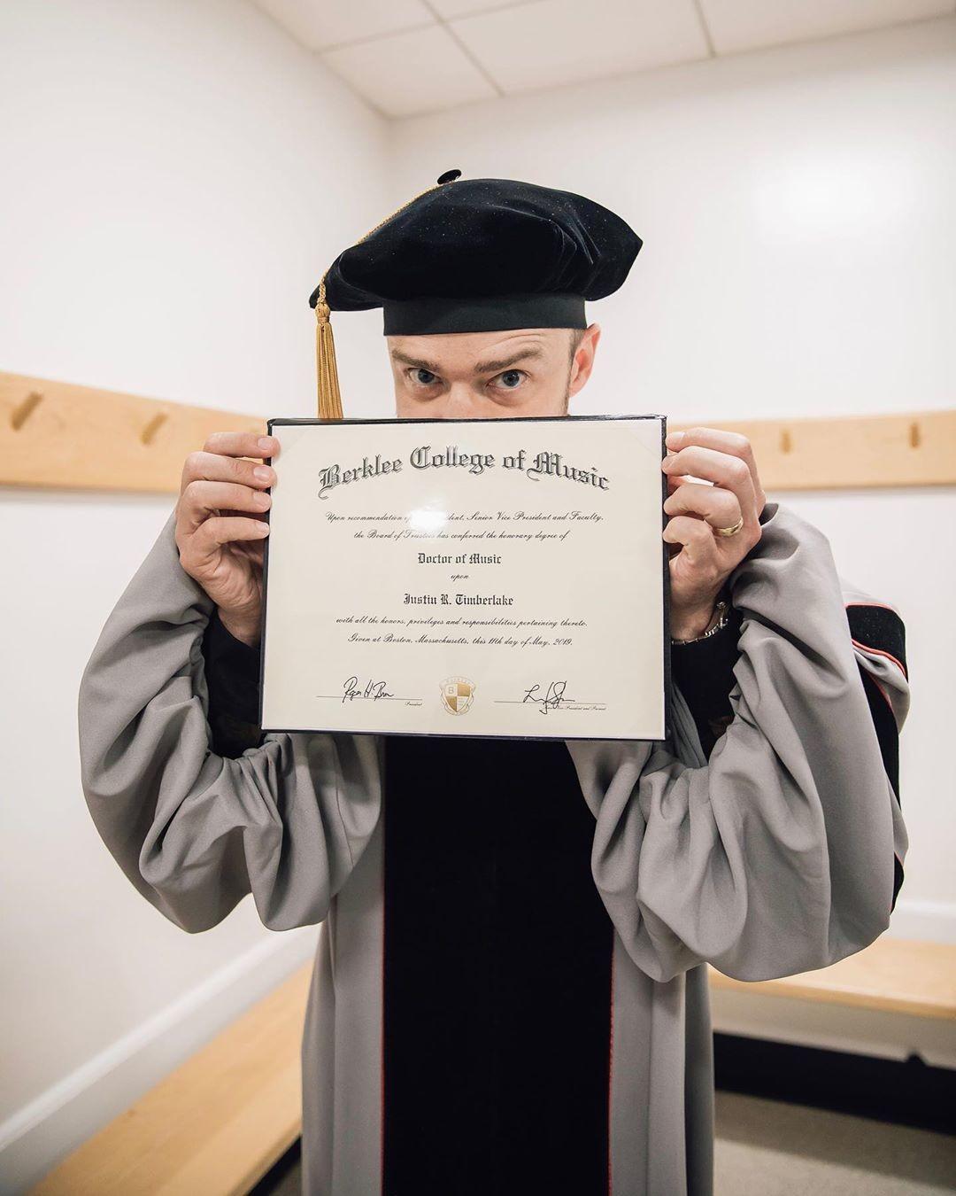 Тепер доктор: Джастін Тімберлейк отримав академічну ступінь