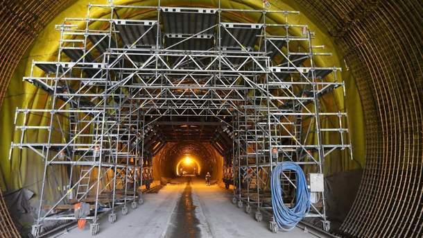 Бескидський тунель крізь Карпати відкриють в цьому році – Омелян