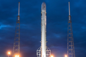 "<p style=""text-align: justify;"">Ракета Falcon 9 на стартовому столі. Фото: SpaceX</p>"