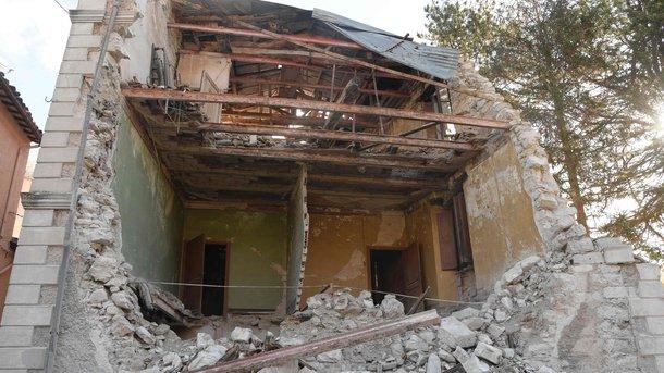 УКитаї внаслідок землетрусу загинули вісім осіб, дані про жертви продовжують надходити