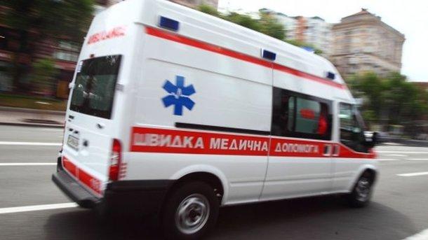 Жителька прифронтового Чермалика дістала кульового поранення навласному городі