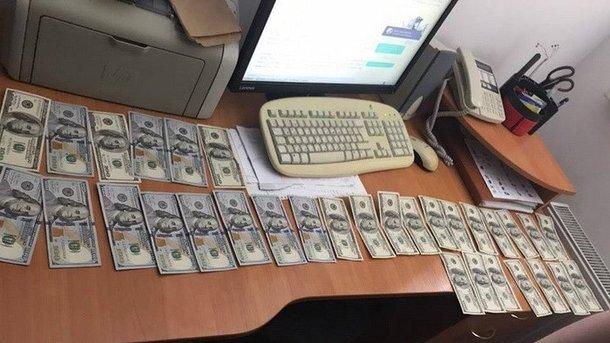 НаЛьвівщині СБУ затримала митника наодержанні хабара