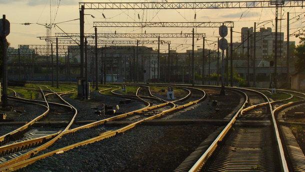 УЛуцьку поїзд переїхав 16-річну дівчину, яка йшла унавушниках