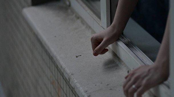 УЛьвові з вікна лікарні викинулась 29-річна жінка