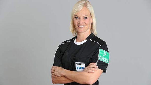 Жінка-поліцейський судитиме матчі чемпіонату Німеччини