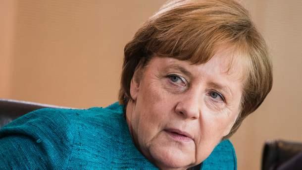 Меркель розповіла, що буде обговорювати з Порошенком