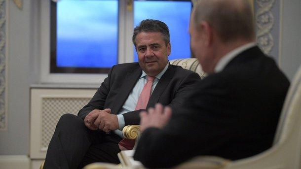 Глава МЗС Німеччини обговорив з Путіним події в Україні та Сирії (14.99 20) 5d7e341b85539