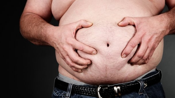 Вчені назвали користь від жиру на животі