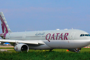 "<p style=""text-align: justify;"">Airbus 330, Qatar Airways. Фото: wikipedia.org</p>"