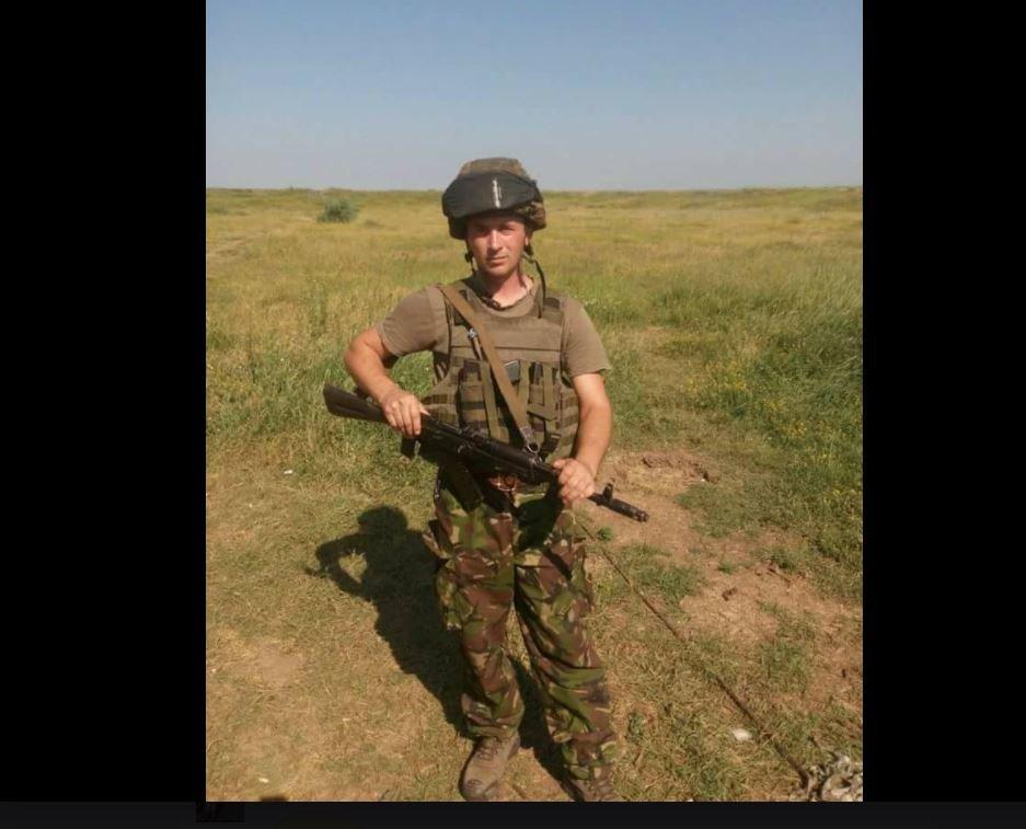 Про це повідомляє прес-служба Жовківської районної держадміністрації.  Військовослужбовець незаконно отримав важке поранення в ... eeb6e44d065ca