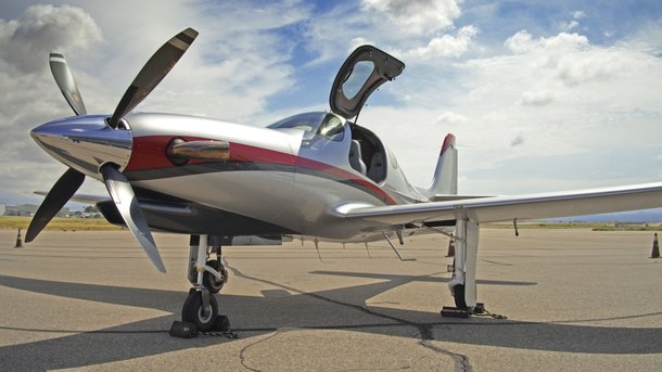 "<p style=""text-align: justify;"">Літак Lancair Evolution. Фото: Avia.pro</p>"