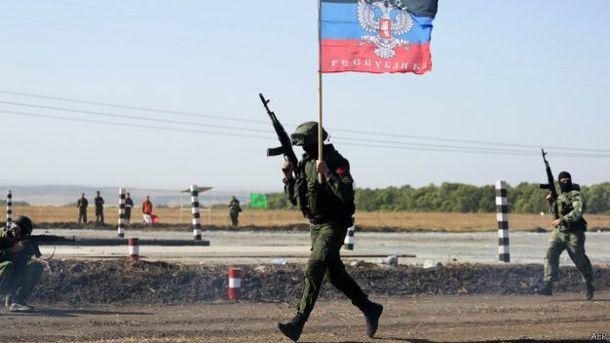 На Донбасі сталася масова втеча бойовиків