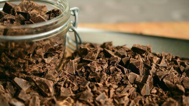 Три порції шоколаду на тиждень можуть уберегти від інсульту – вчені