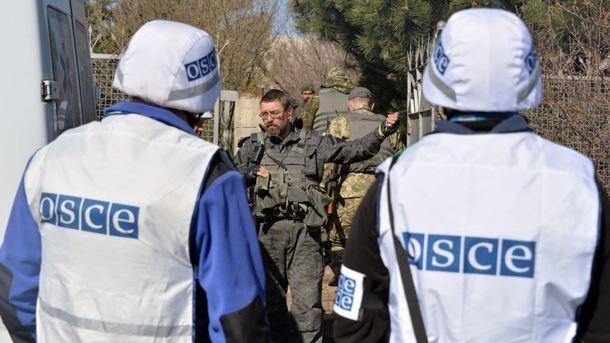 Бойовики «ДНР» затримали представників ОБСЄ на більш ніж сім годин