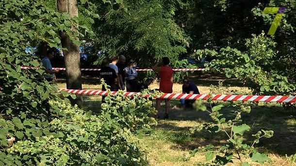 У центрі Одеси знайшли мертву людину. Недалеко від залізничного вокзалу  люди побачили тіло і викликали правоохоронців b7546292b89f1