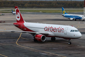 "<p style=""text-align: justify;"">Air Berlin збанкрутувала. Фото: Airlines Inform</p>"