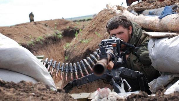 Зпочатку доби поранення отримали двоє українських військових— штаб АТО