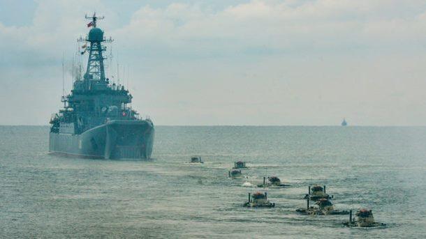 Росія і Китай проведуть навчання: задіють кораблі, підводні човни і літаки