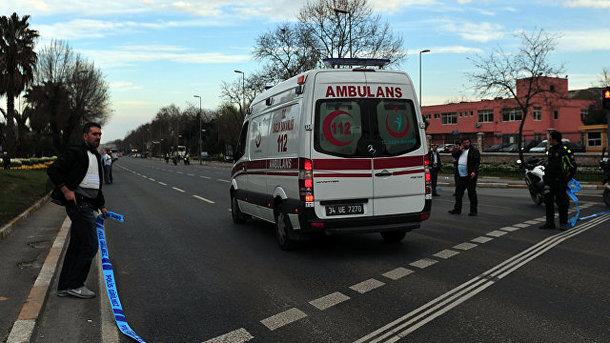 У Туреччині туристичний автобус зірвався в прірву, є жертви