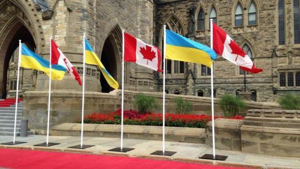 Муженко: Канада близька доухвалення рішення про військову допомогу Україні
