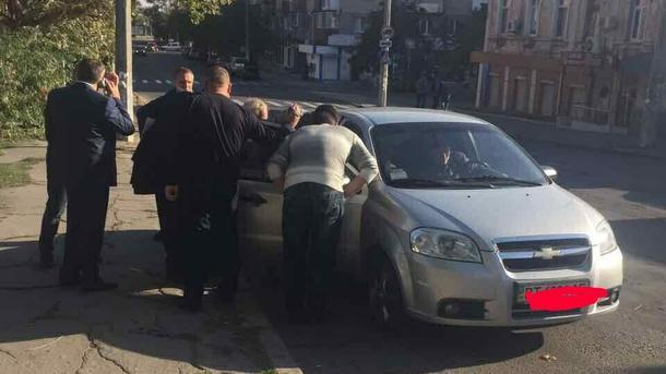 УХерсоні напередачі хабара затримали чиновника міськради