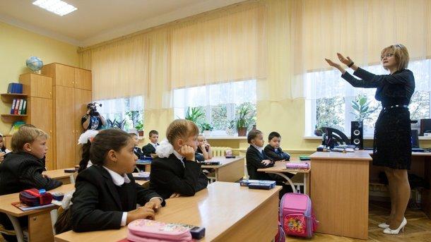 Ð¡ каждым годом в Украине все меньше учитеÐ