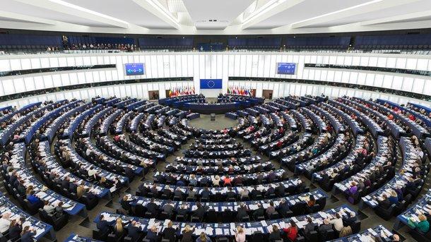 В Європарламенті закликають посилити санкції проти Росії [ Редактировать ]