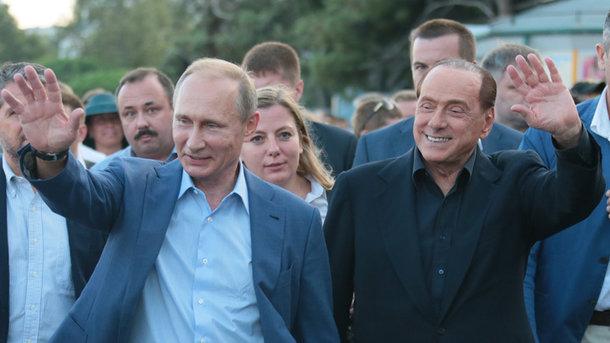 Дивний подарунок: Берлусконі натякнув Путіну наболісну смерть