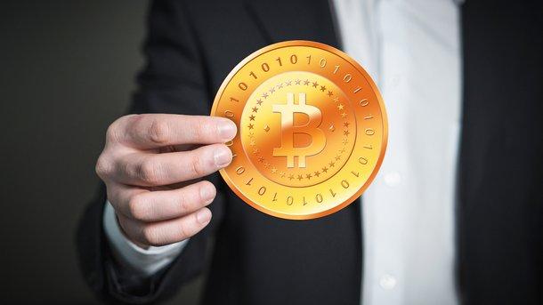 Група депутатів пропонує легалізувати криптовалюту і оподаткувати її