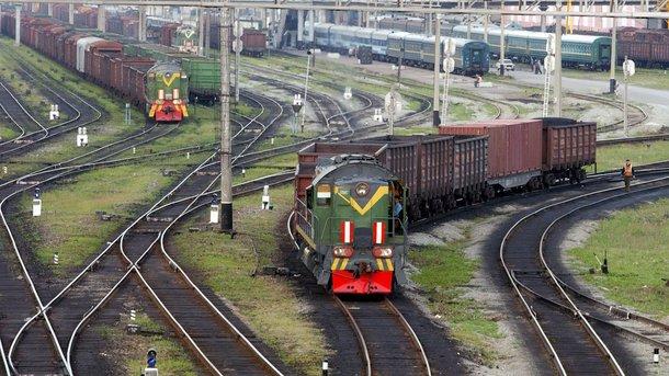 У Львівській області молодий хлопець потрапив під локомотив