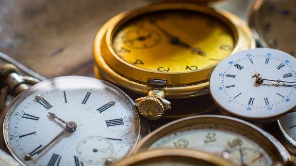 З 29 на 30 жовтня українцю переведуть свій годинник на