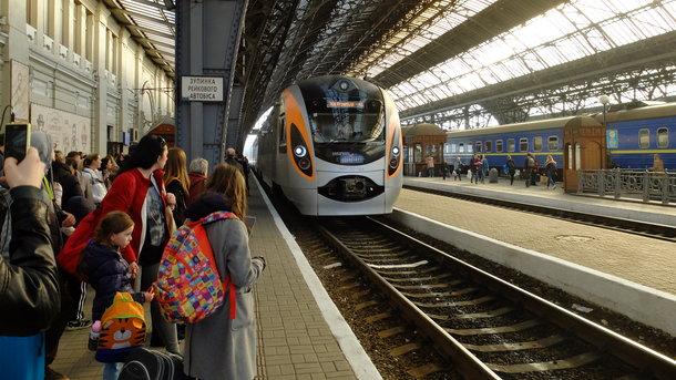 Надва тижні маршрут поїзда «Київ-Перемишль» скоротять