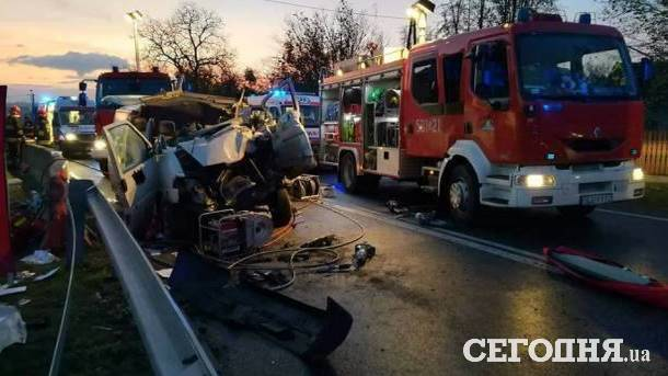 ДТП уПольщі: один українець загинув, троє постраждали