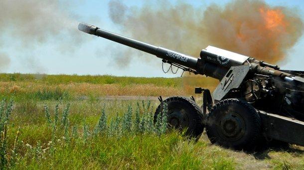 Порошенко: Війна зРосією згубила 317 артилеристів ЗСУ