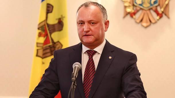 Додон заявив, щоМолдова має відмовитися від збройних сил