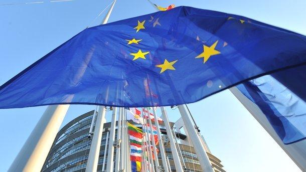 Єврокомісія подала до суду на Польщу, Угорщину і Чехію за відмову приймати мігрантів