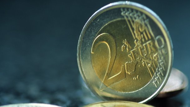 На монетах євро з'явиться півень в тільняшці