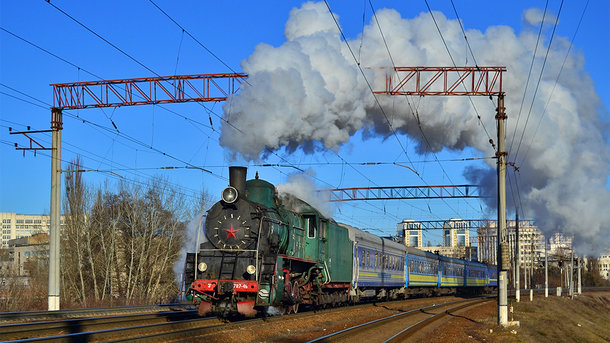 "<p style=""text-align: justify;"">Ер787-46. Фото: trainphoto.org.ua</p>"