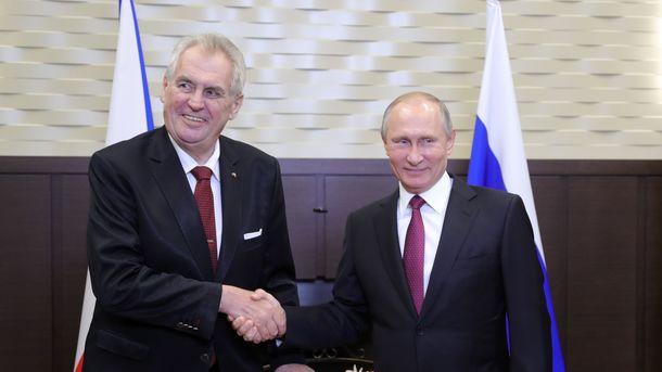 У Чехії почалося голосування в рамках першого туру виборів президента  республіки e39eac8e6a6f9