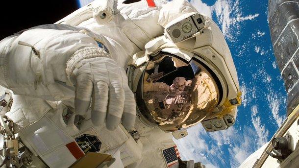 Вчені розповіли про подробиці розмноження людей в космосі