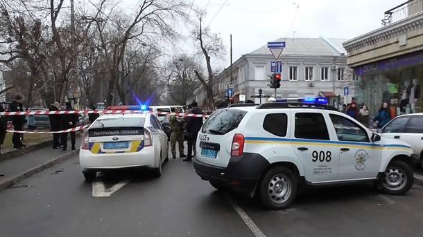 Іноземці обстріляли з автомата автомобіль жителя Одеської області