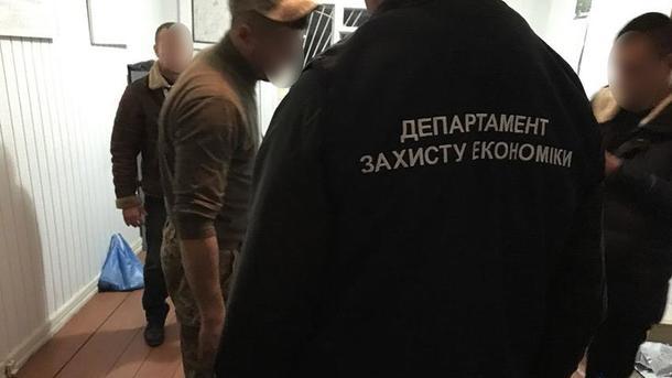 Офіцер ЗСУ погорів на хабарі в Хмельницькій області
