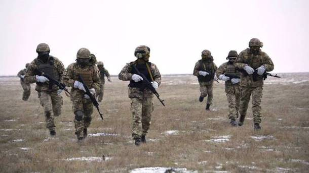 "<p style=""text-align: justify;"">Об'єднані сили готують операцію на Донбасі. Фото: facebook.com/ato</p>"