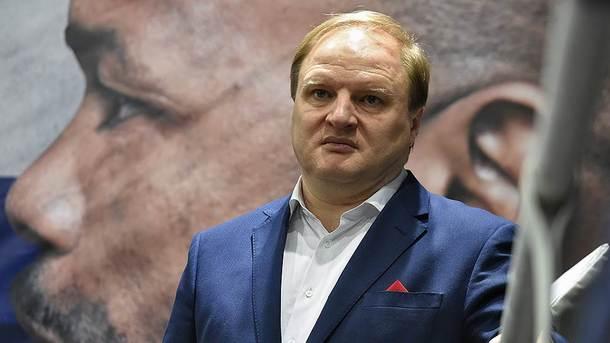 Російський промоутер готовий стати заручником на час бою Олександра Усика в Москві
