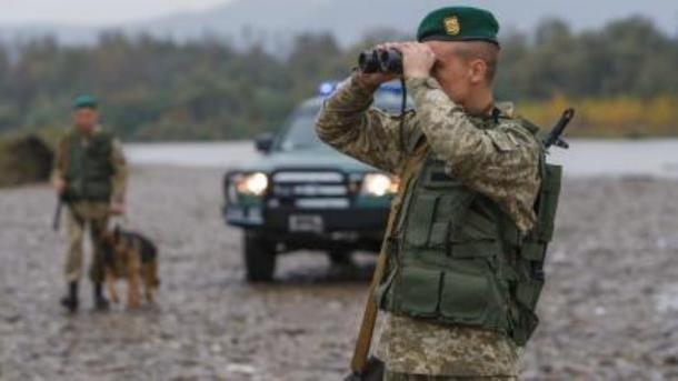 В Україні поліція і прикордонники переходять на посилений режим