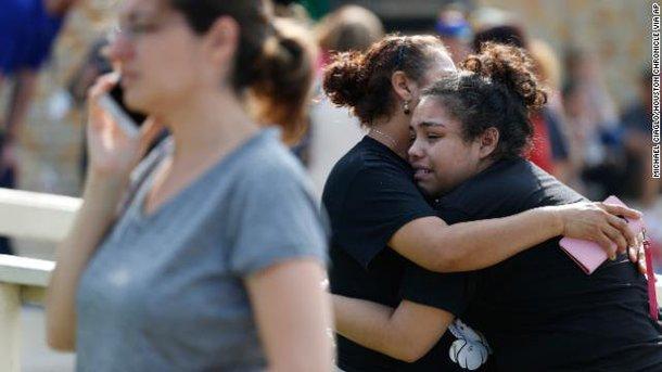 У Техасі сталася стрілянина в школі: постраждали люди