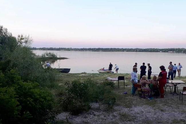 У місті Канів Черкаської області під час купання в Дніпрі 18 червня  потонули двоє братів 5bb85f5898c87