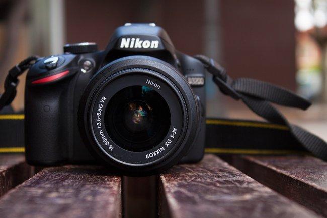 """<p style=""""text-align: justify;"""">Nikon припиняє виробництво лінійки фотокамер, які не користується попитом. Фото: sweetnothingsphotog.com</p>"""