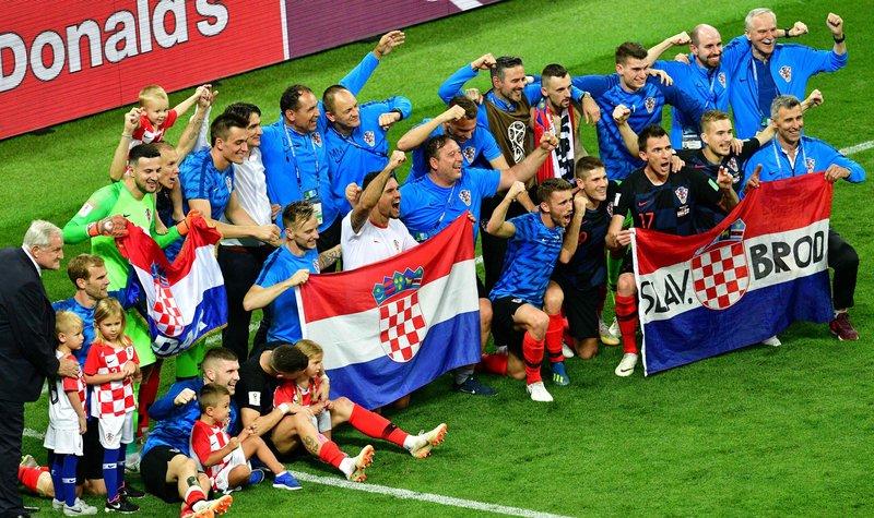 """<p style=""""text-align: justify;"""">Хорвати святкують вихід у фінал. фото AFP</p>"""