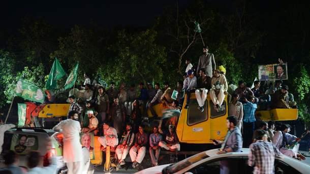 Кількість загиблих на мітингу в Пакистані зросла до 140 осіб, серед них кандидат в депутати